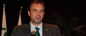 """La beneficenza? A Padova si fa per """"aiutare"""" gli immigrati a rimpatriare"""