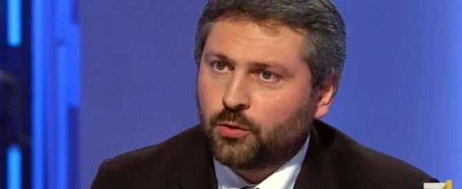 Bufera in rete per la messa in onda della telefonata Renzi-Artini