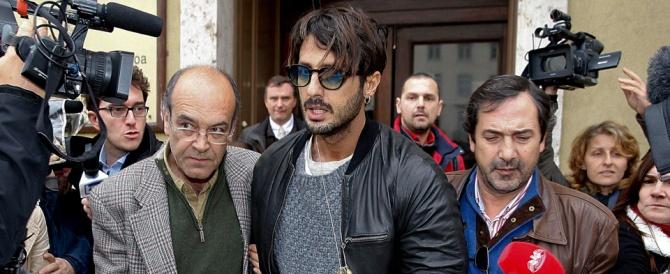 Fabrizio Corona: «Sono cambiato». E il giudice gli conferma i servizi sociali
