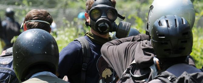 Torna la violenza No Tav: gli estremisti feriscono 3 carabinieri