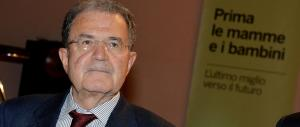 """""""Prodi, quanto ti amo"""": la sinistra estasiata dal Prof, il web lo impallina"""