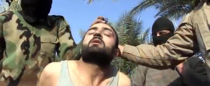 Siria, l'Isis giustizia cento combattenti stranieri: volevano disertare