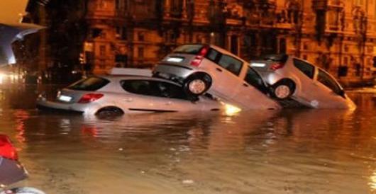 """""""Regalo"""" di Natale di Renzi agli alluvionati: tasse da pagare entro il 22"""