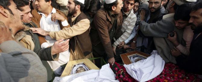 Pakistan, dopo la strage degli innocenti torna la pena di morte