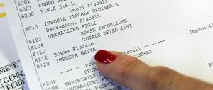 """Tredicesima """"mangiata"""" dalle tasse:  un'insegnante precaria riceve un euro"""
