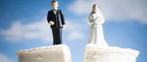 Meno separazioni e divorzi in Italia: è amore? No, è crisi economica