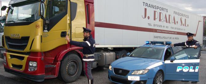 La spending review di Renzi: chiudono i presidii della Polizia di Stato