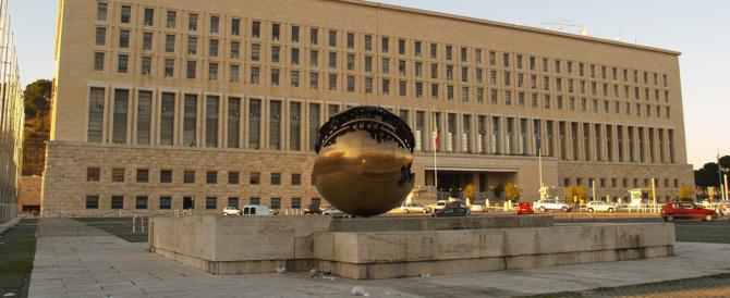 """Voto all'estero, la Farnesina smentisce """"le Iene"""": è una fake news"""
