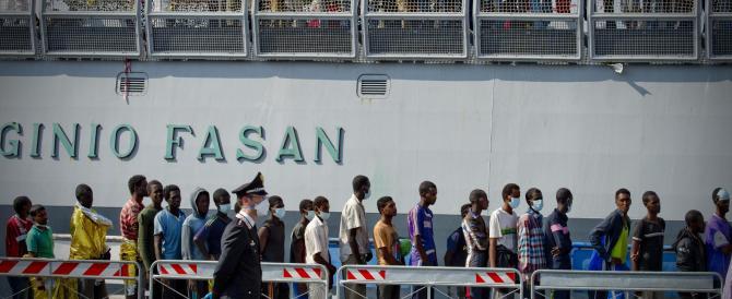Immigrati: l'Italia è un colabrodo, in Spagna (e altrove) non si entra