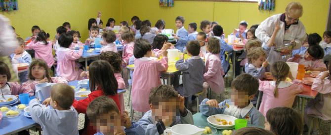 Il cibo della mensa non è gradito: i genitori mandano i figli al ristorante