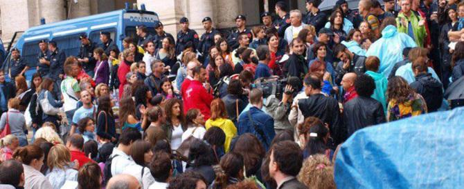 Per tanti precari un Natale senza stipendio: da Renzi solo chiacchiere