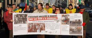 """L'Anpi lancia il """"presidio"""" antifascista, ma Forza Nuova si riunisce lo stesso"""