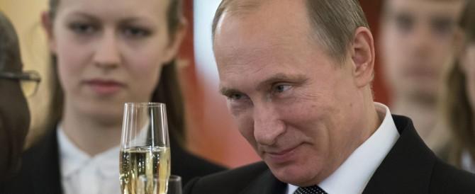 Putin attacca Usa e Ue. E cerca di allontanare lo spettro della recessione