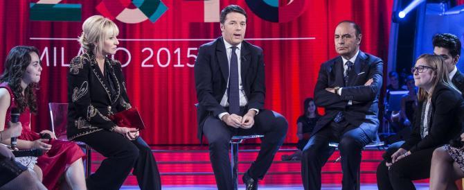 Scivolone grammaticale di Renzi in tv, proprio mentre faceva il maestrino
