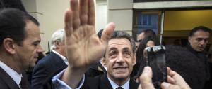 """Sarkozy disperato: vuole cambiare nome all'Ump per farlo più """"di destra"""""""