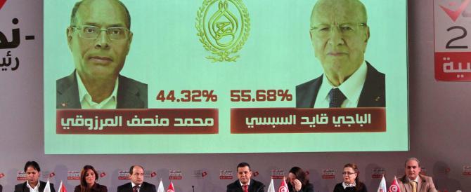 La Tunisia dice no al fondamentalismo. Berlusconi telefona all'amico Essebsi