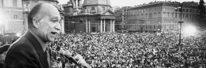 Salvini marcia su Roma. E sceglie piazza del Popolo come Almirante