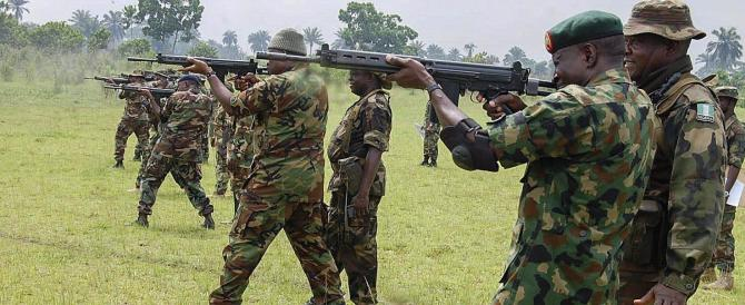 Nigeria, miliziani islamici massacrano 2000 persone. Ma non fa notizia…