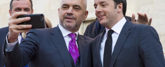 Renzi fa l'albanese ma gli va male: il premier Rama gli fa lo sgambetto