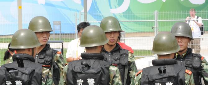 La Cina comunista contro la strage di Parigi… e contro la satira della rivista