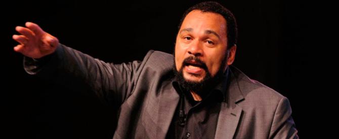 Dieudonné scarcerato, tiene il suo show a Parigi. A processo il 4 febbraio