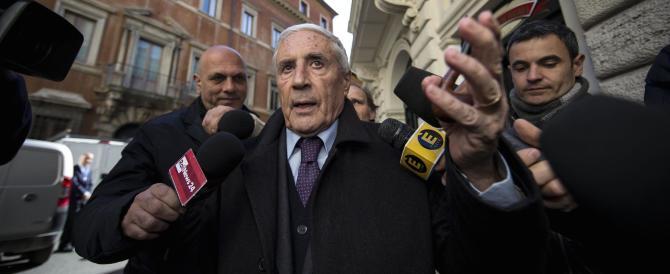 Marini si sfila dalla corsa per il Colle e avverte Renzi: «Non fare disastri»