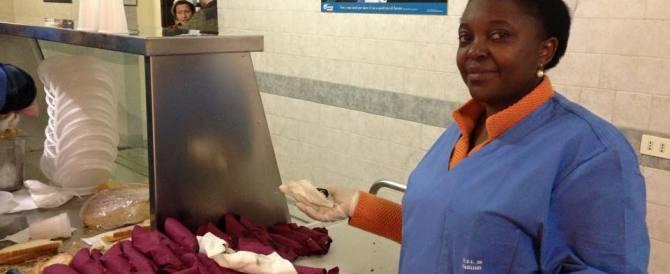 La Kyenge è tornata per bacchettarci: «L'Italia non aiuta più gli immigrati»