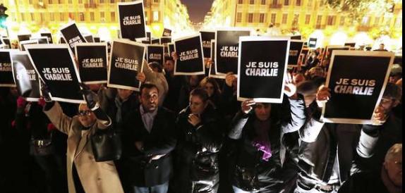 Tanta destra alla fiaccolata per Charlie Hebdo, da Gasparri alla Meloni