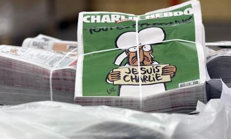Il fondatore di Charlie Hebdo contro il direttore ucciso: perché questa escalation?