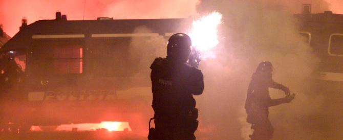 Cremona, il sindaco dice no ai 99 Posse. I cittadini: «Chiudete il Dordoni»