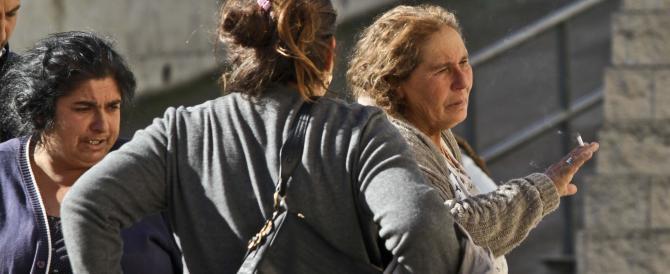 Nomade ladra sbeffeggia i carabinieri: sono incinta, non mi toccate
