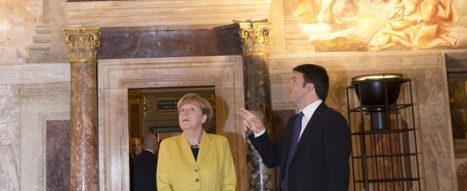 La Merkel arriva a Firenze e trova una guida turistica che si chiama Renzi
