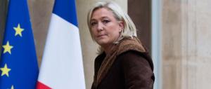 Le Pen esclusa dalla marcia di Parigi: in piazza sfila l'ipocrisia di sinistra