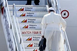 Il Papa sorvola la Cina e invia un saluto al presidente Xi Jinping