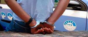 Ha minacciato la polizia italiana: immigrato senegalese resta in cella