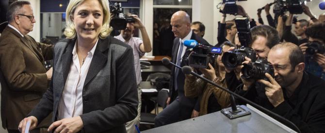 L'affondo di Marine Le Pen contro Schengen: difendiamo i nostri confini