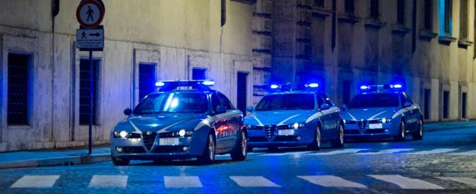 Renzi disarma la polizia nella lotta alla pedopornografia (e nega i giubbotti)