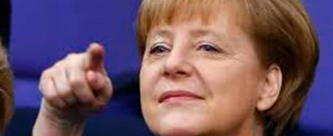 La Merkel va in Vaticano. Ma sull'austerità non ascolta neanche con il Papa