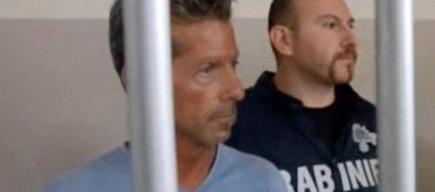 Yara, super-teste accusa Bossetti: «Era in auto con una ragazzina»