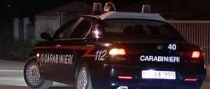 Nomadi in fuga travolgono auto con famiglia a bordo: un arresto e 3 feriti