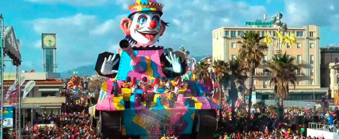 """Al Carnevale di Viareggio """"vietati""""i carri su Charlie Hebdo e sull'Islam"""