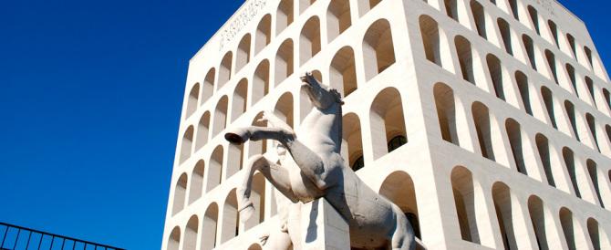 Rampelli: la vendita del Colosseo Quadrato è un'offesa alla storia del '900