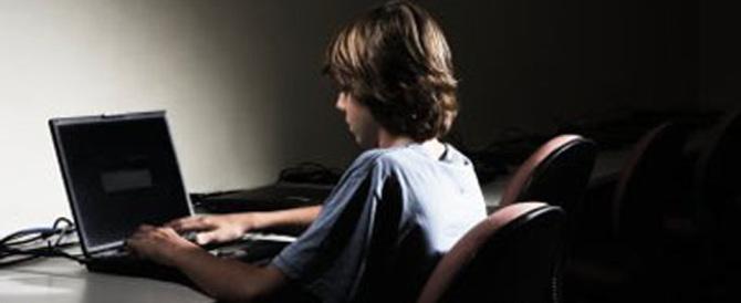 Impazza il cyberbullismo tra i minori: ecco le cattive abitudini da correggere