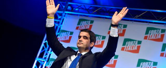 """Fitto va in trincea con i suoi parlamentari e """"chiama"""" Berlusconi: ascoltaci"""
