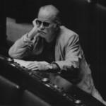 Gino Paoli deputato comunista a Montecitorio durante il dibattito sulla fiducia al governo Goria. E' il 1987. (Fonte Facebook)