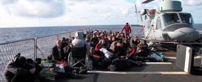 I terroristi dell'Isis arrivano con i migranti: finalmente c'è chi l'ha capito