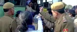 India, brutali violenze della polizia contro la marcia dei cristiani