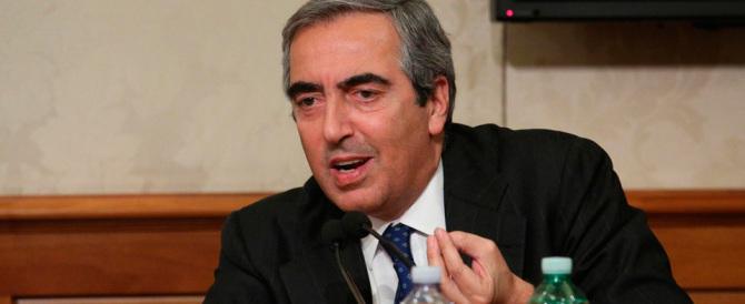 Gasparri a Renzi: «I soccorsi italiani in mare non sono protetti»