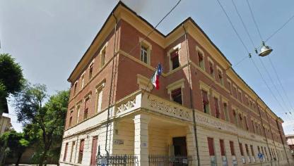 Bologna, sì alla benedizione nelle scuole ma non deve disturbare i laici