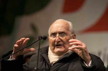 Stato-Mafia, un prete rivela: «Da Scalfaro confessione sconvolgente»
